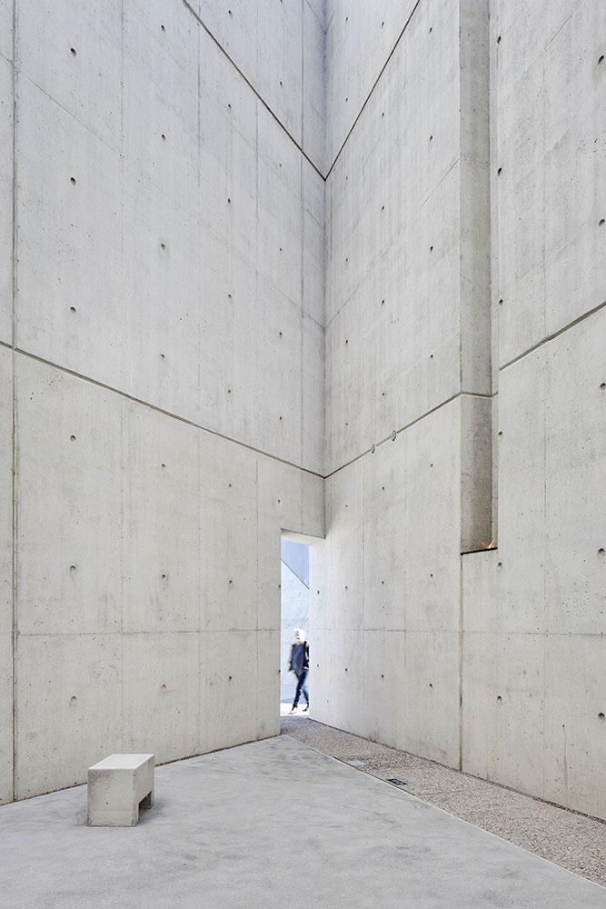 024-national-holocaust-monument