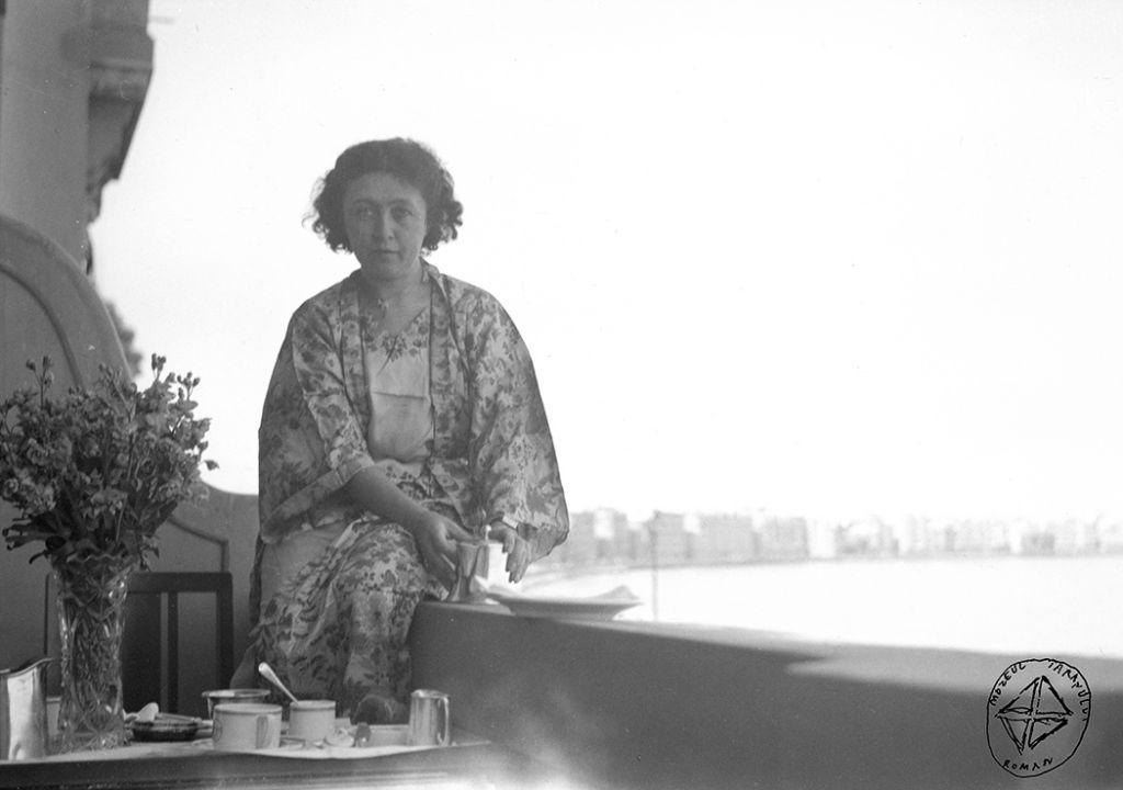 Henrieta Delavrancea-Gibory. Ipostaze