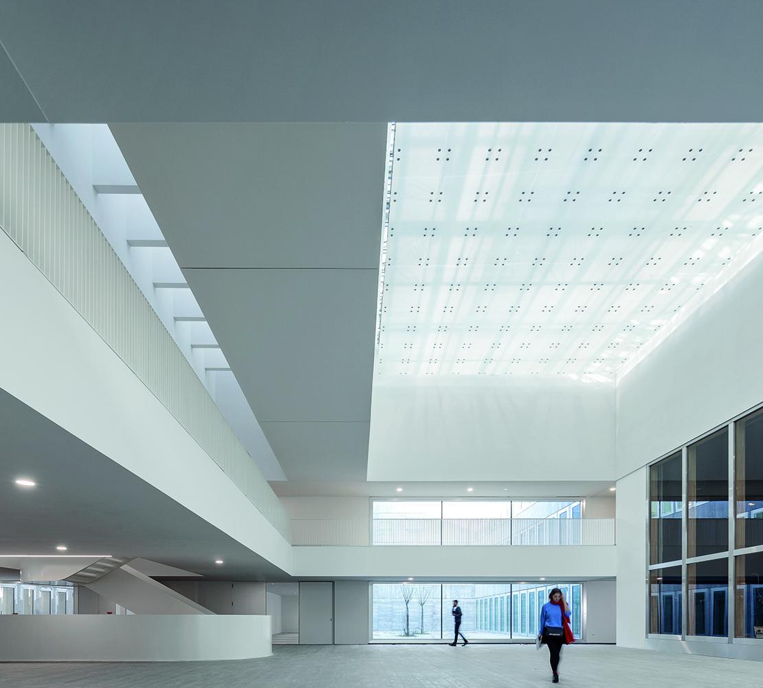 12_Chambre de Métiers et de l'Artisanat Hauts-De-France_KAAN Architecten_PDAA ©Fernando Guerra FG+SG