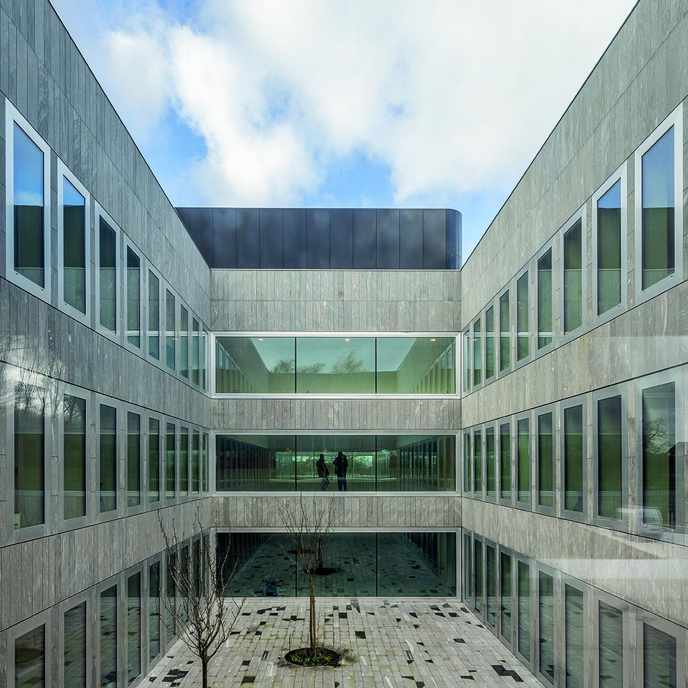 19_Chambre de Métiers et de l'Artisanat Hauts-De-France_KAAN Architecten_PDAA ©Fernando Guerra FG+SG