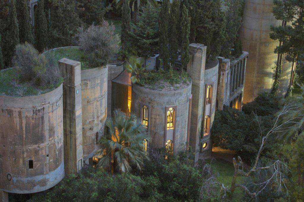 """La Fábrica"" de Ricardo Bofill Taller de Arquitectura"