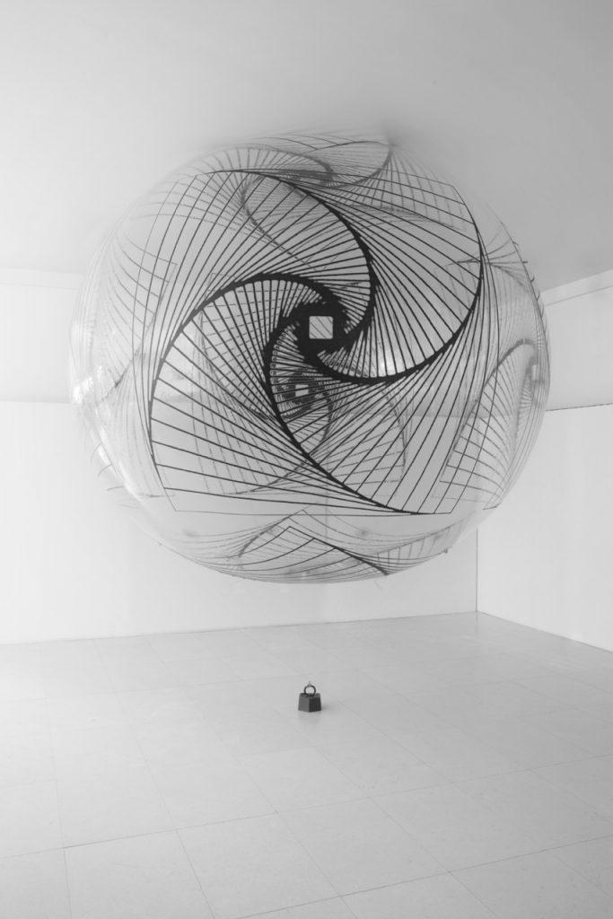 hyperbolic-curves