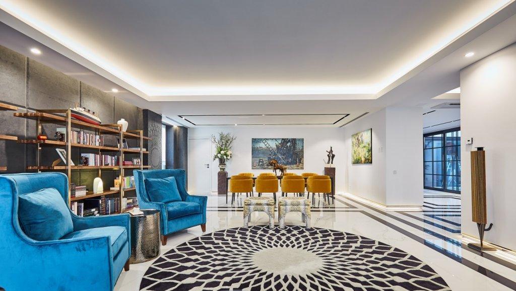 Arțarul Japonez: un penthouse eclectic, artistic