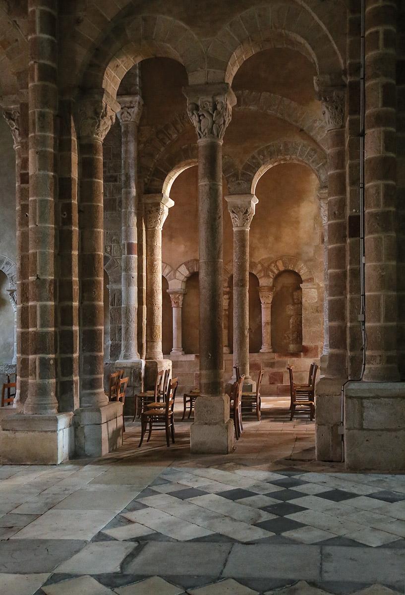 Église Saint-Genès de Châteaumeillant, sec. XI-XII, Franța, 2015