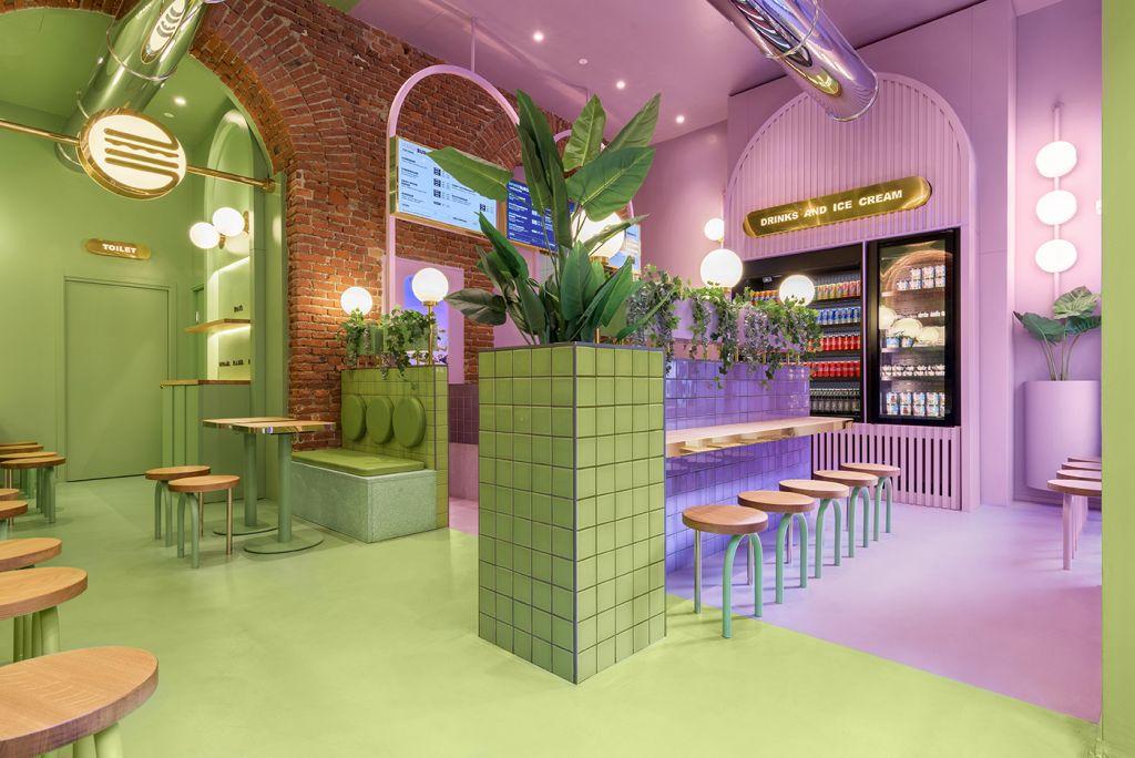Slow fast food şi culori exuberante. Restaurant Bun Burgers, Milano