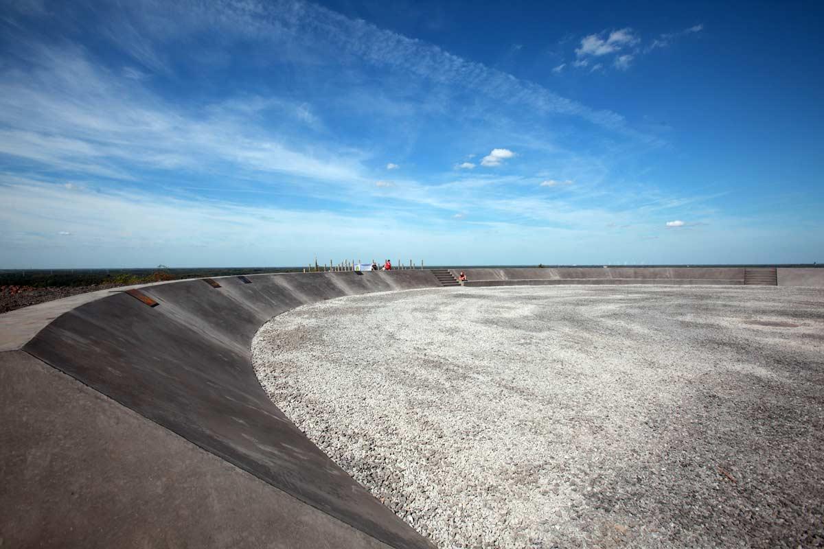 beringen-postindustrial-landscape-playground-09-benoit-meeus