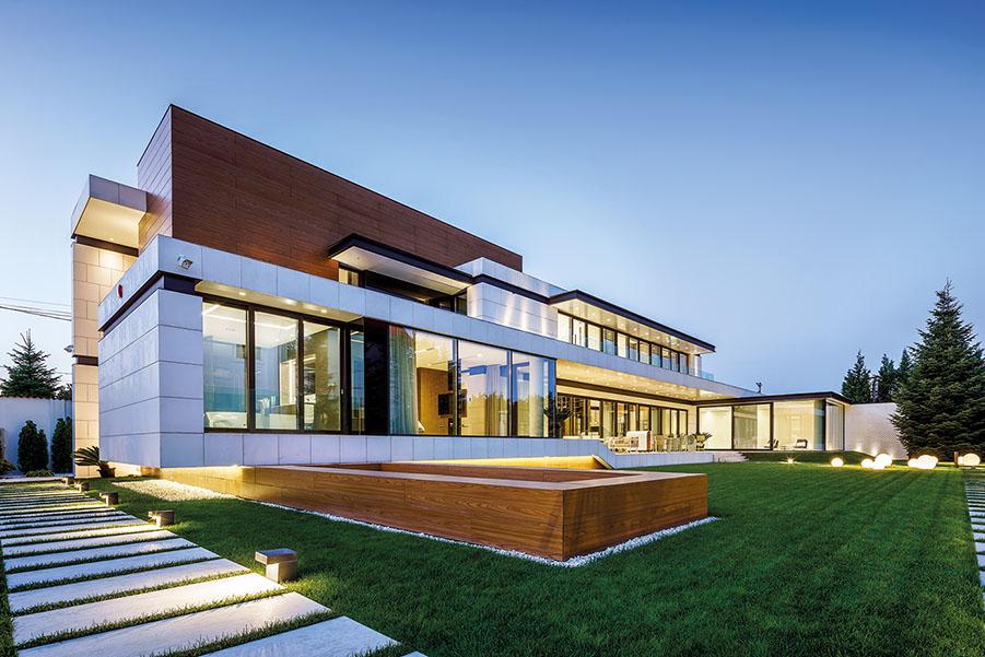 Proiect: Casa M; Echipa: SMAA, arh. Silviu Mihăilescu, colaborator: Alex Vasile  Amplasament: Bragadiru; Finalizat: 2017; Foto: Cosmin Dragomir