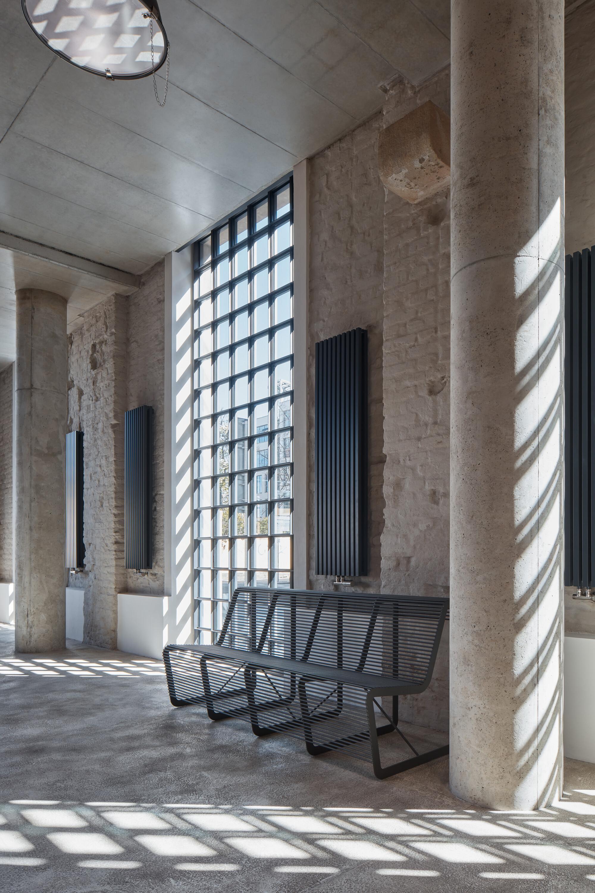 five-qarta-architektura-boysplaynice-18