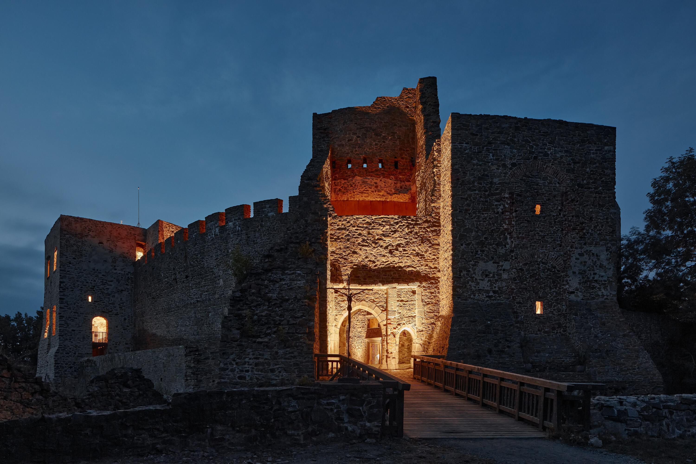 helstyn-castle-palace-reconstruction-atelier-r-boysplaynice-38