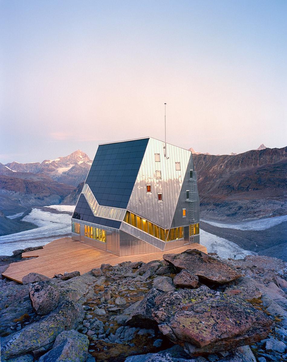 Igloo #127 – 128: Arhitectura la înălţime.