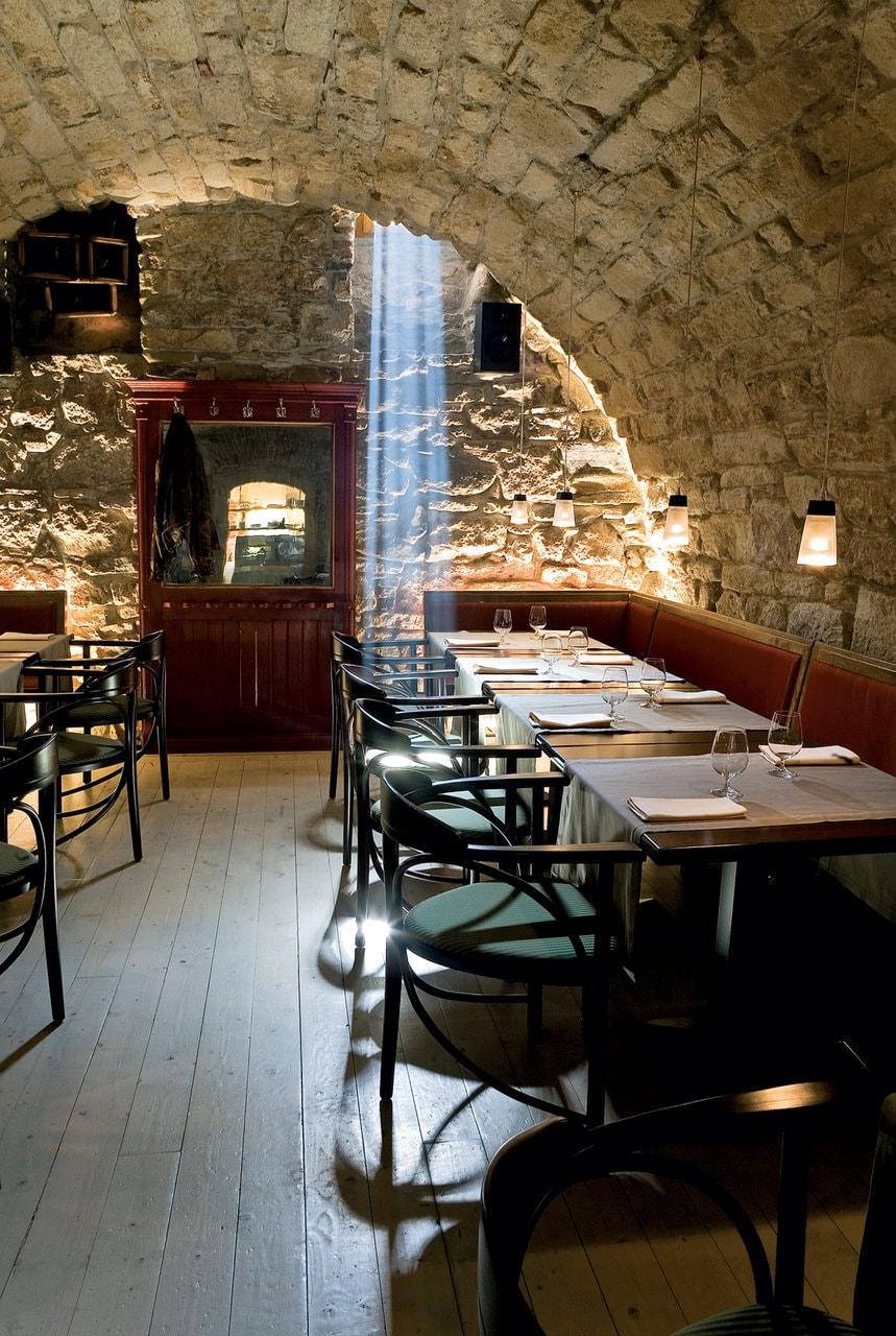 Restaurantul Via. Cluj-Napoca