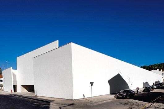 Igloo 124: Sacrul şi arhitectura
