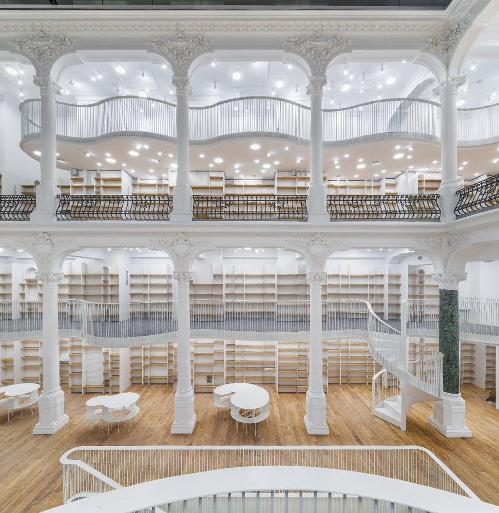 Cărturești Carusel: o nouă librărie Cărturești se deschide în centrul istoric al Bucureștiului
