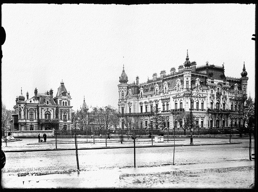 Palatul Sturdza (1906), demolat în 1940.