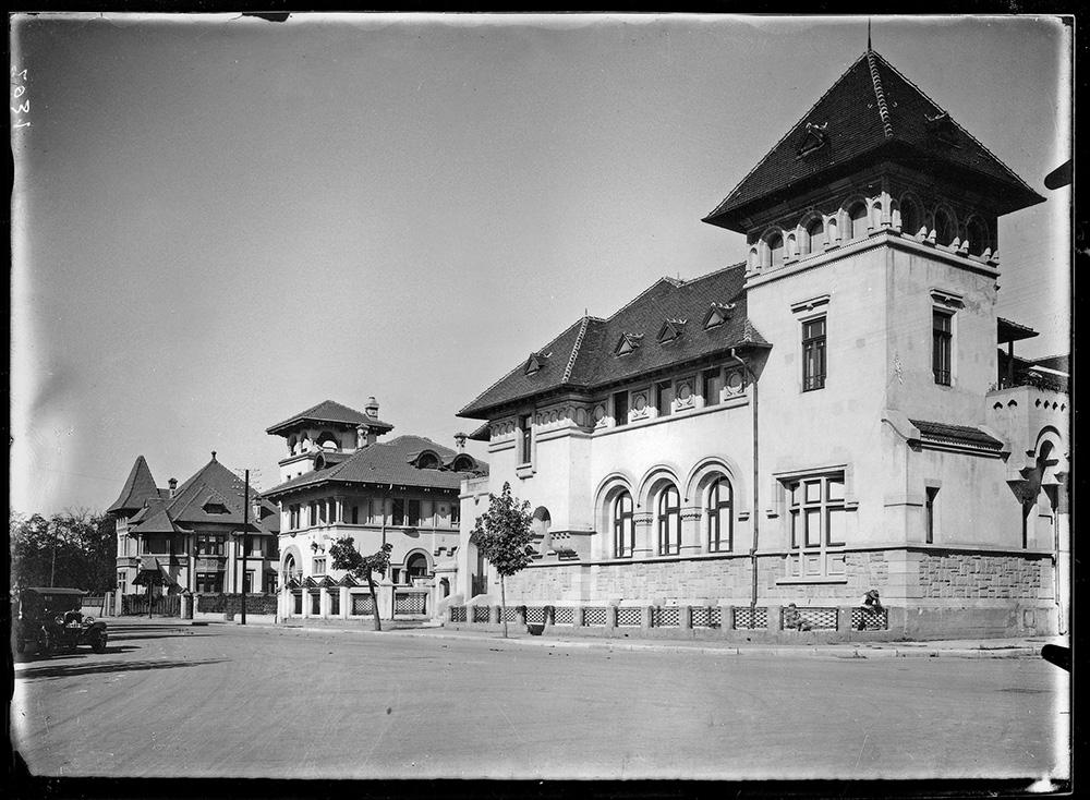 Ansamblu de vile neoromânești (1920). Arh. Paul Smărăndescu